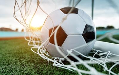 Футбольная команда из Еланецкого района проиграла команде Николаевского района